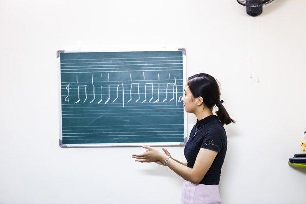 Học làm ca sĩ phải trải qua rất nhiều bước để trưởng thành